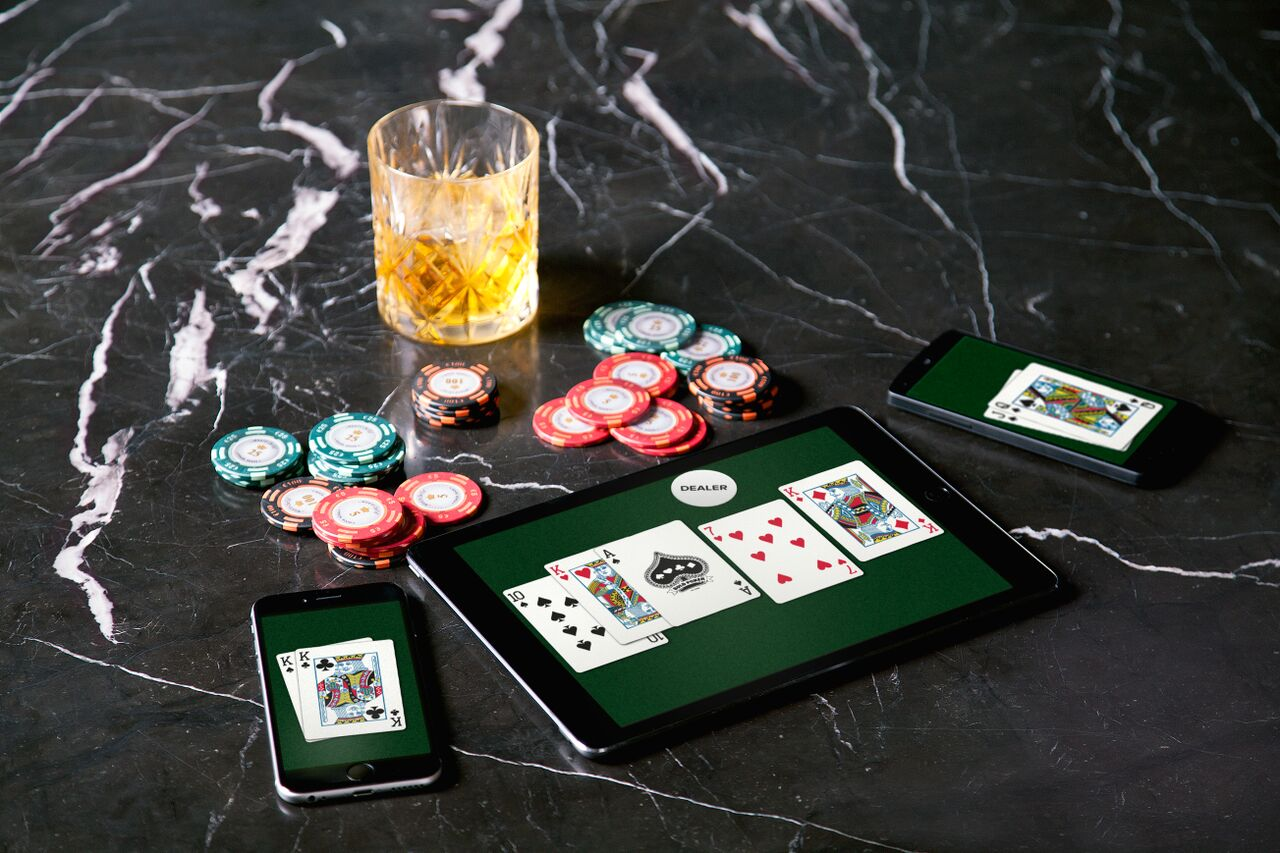 Useful tips to play online poker real money